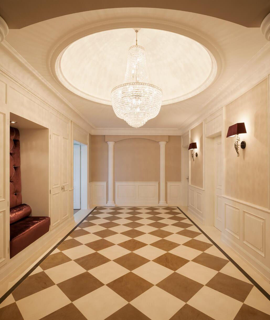 eleganter boden mit schachbrettmuster und windrose b den w nde zeitlos natursteinarbeiten. Black Bedroom Furniture Sets. Home Design Ideas